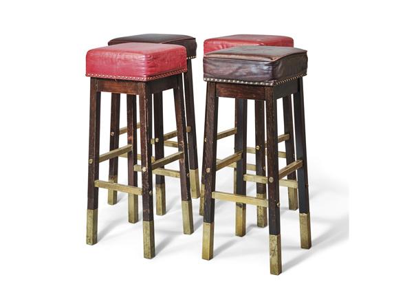 изготовление барных стульев для кафе